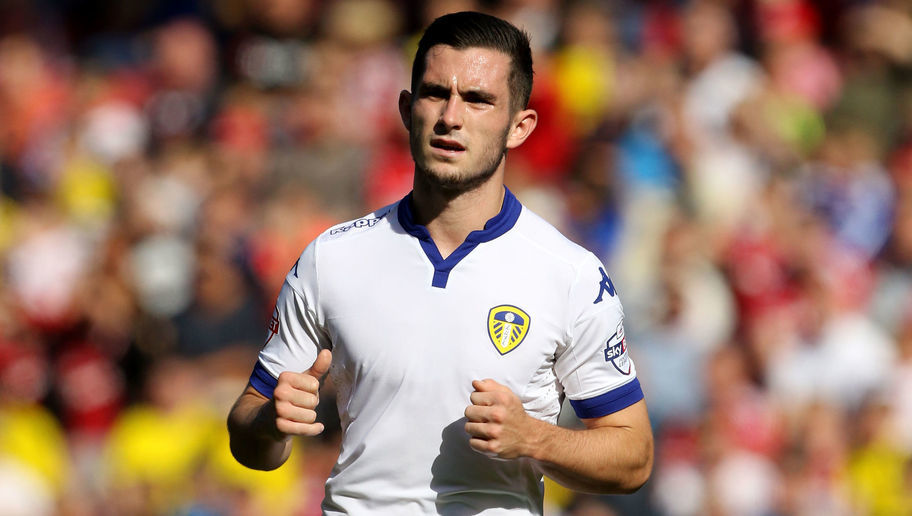 MIDDLESBROUGH, ENGLAND - SEPTEMBER 27:  Leeds United's Lewis Cook in action during the Sky Bet Championship match between Middlesbrough and Leeds United at the Riverside on September 27, 2015 in Middlesbrough, England.  (Photo by Richard Sellers/Getty Images)